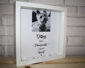 dogs leave pawprints on your heart / dog / dog remembrance / dog photo frame / pawprints