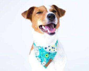 Girl Dog Bandana Collar Paisley Floral Dog Bandana Summer Pattern Dog Bandana Cute Female Dog Collar Bandana Wedding Dog Collar Dog Scarf
