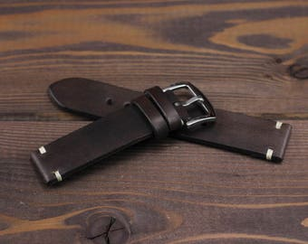 Handmade chocolate watch strap vintage style made of high quality vegetable tanned leather. 18mm, 20mm, 22mm, 24mm. With quality buckle.