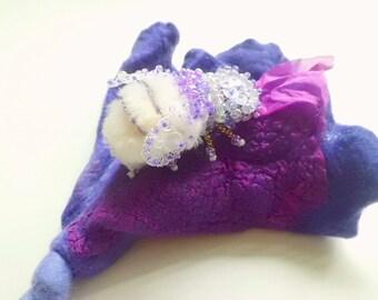 Brooch hand felted Schnmuck felt jewellery textile beetles motif gift women festive fantasy