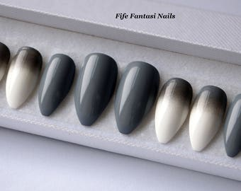 Grey Stiletto Nails, Ombre stiletto nails, Fake nails, Kylie jenner, Press on nails, Acrylic nails, Glue on nails, False Nail, Nail designs