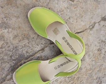 Leather sandals. women sandals. Menorquinas-Avarcas sandals. summer shoes. flat sandals. Comfy sandals. Handmade in Spain