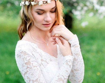 Bridal flower crown Wedding flower crown Flower crown Bridal floral crown White flower crown Floral wedding crown Wedding flower headpiece