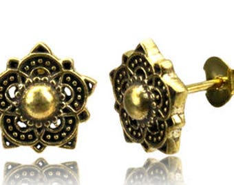 Piercing oreille, boucle d'oreille Fleur de lotus / Brass lotus ear stud.
