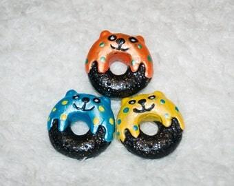 Miniature Donuts, Mini Food, Mini Donuts, Galaxy Donuts, Donut Cats, Cat Donuts, LPS Food, Miniature Food, Doll Food, Littlest Pet Shop, Cat