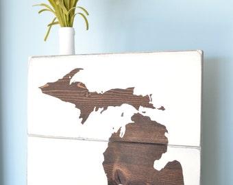 Rustic Michigan Sign // Wooden Mitten Pallet-Style Sign // Michigan Home Sign // Brown Michigan Decor