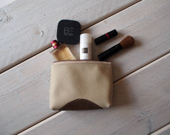 Leather Makeup bag, Leather Make up Bag, Cosmetic bag, Leather Cosmetic Bag, Makeup bag, Leather Pouch, Leather Toiletry bag, Leather Pouch