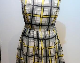 Vintage 1960's dress style BB