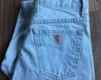 Vintage Guess Light-Wash High Waist Tapered Jeans // Size 27
