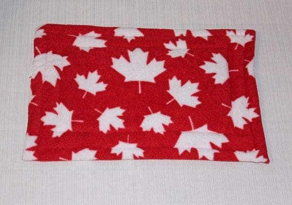 Pet bedding, pet mats, pet pads, gifts for pets, pet bed, gift for pet lover, Canada 150, made in Canada, pet beds, small animal mats
