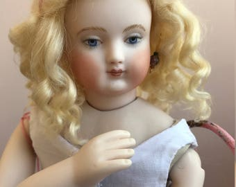 Antique Huret Reproduction Doll Prudence