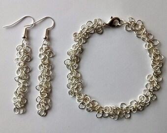 Shaggy Loops Earring and Bracelet Set