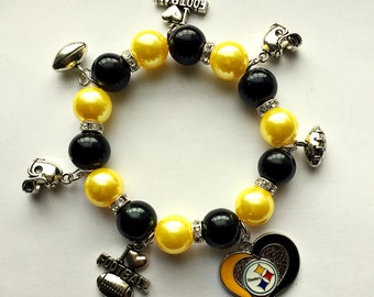 Steelers black and Yellow 7.5in charm bracelet