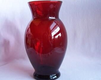 Anchor Hocking Royal Ruby Flared Vase, Flared Red Glass Vase