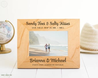 Mr. and Mrs. Frame, Personalized Picture Frame, Sandy Toes, Salty Kisses, Beach Travel Gift, Honeymoon Gift, Bridal Shower Gift, Punta Cana