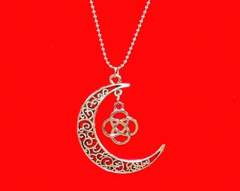 Crescent Moon with Celtic Knot