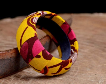 Bracelet, African print fabric bangles , statement bracelet,  Wax print, colorful bracelet, Eco friendly jewelry, For her, gift for women