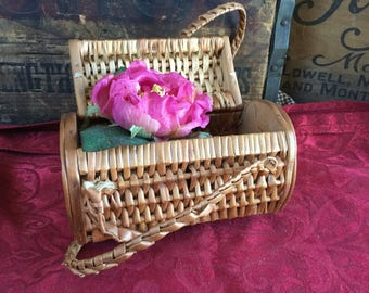 Vintage 1960's Wicker Pocketbook / Basket From Spain