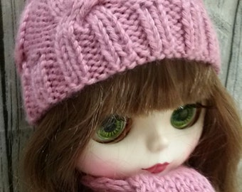 Hat and scarf for Blythe and Pullip dolls. Clothes for dolls (outline of head 27-28sm).