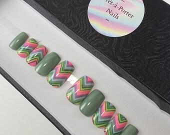 READY-TO-WEAR   Chevron Glo   Glow in the Dark   Rainbow   Press-On Nails