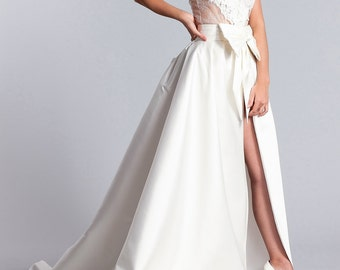 Long white bridal skirt, Bridal overskirt, Bridal skirt, Bridal white skirt with a bow and with train.