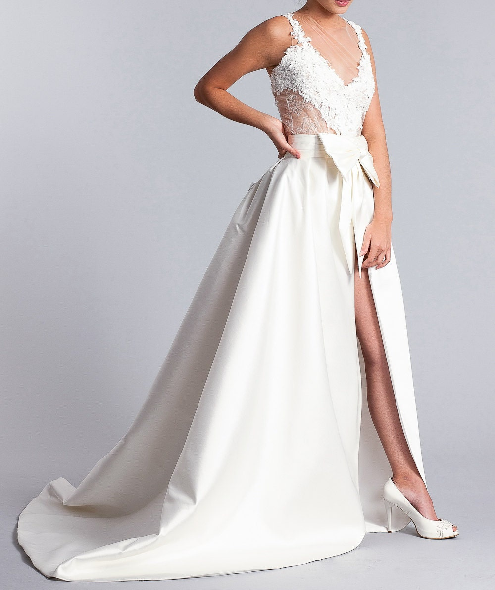 Long white bridal skirt bridal overskirt bridal skirt details long white bridal skirt junglespirit Images