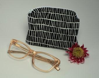 Small zipper pouch/coin purse