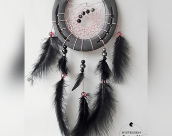 Horseshoe Dreamcatcher in pink-black