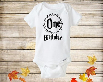 One Birthday Baby Bodysuit, Harry Potter Baby Onesie, First Birthday Outfit, Funny Baby Onesie, Harry Potter Clothes, Harry potter Baby