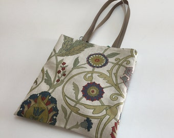 Tote bag - flowers style 'Arts and Crafts'