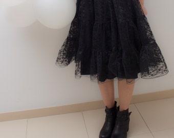 Black knee length full skirt, lace / lace skirt / black skirt / full skirt