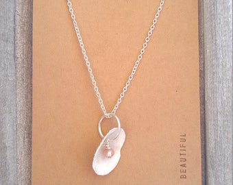 Genuine Pearl+Shell Minimalist Necklace