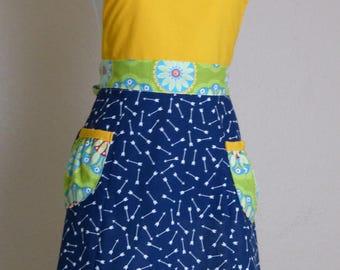 Lemongrass Apron, Women's full apron with pockets - Laneymade