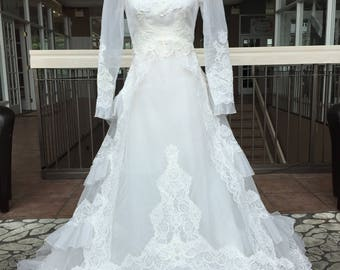 Long Sleeved Vintage Wedding Gown with Ruffled Skirt #869