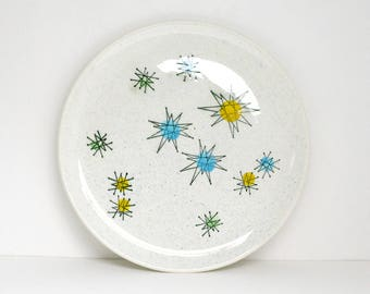 """Hand painted underglazed French plate """"Les étoiles"""" (= Stars) / Atomic starburst pattern on speckled background / Mid Century / Vintage"""