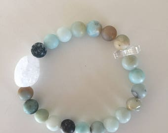 Beaded bracelet with amazonite and quartz crystal