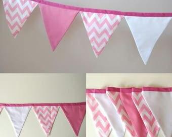 Banner pink zig-zag
