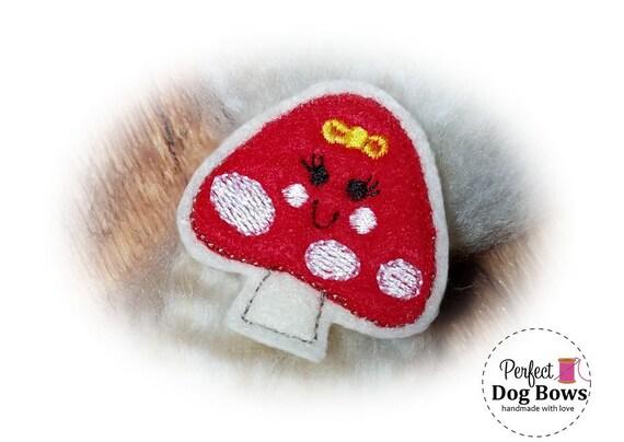 Mushroom DOG BOW, Merry Mushroom, RED Mushroom Bow, Happy Mushroom, Felt Dog Bows