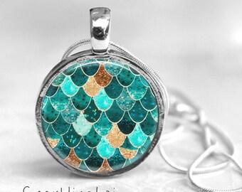 Mermaid Scale Resin Pendant, Mermaid Jewelry, Mermaid Necklace, Resin Pendant, Whimsical Jewelry, Mermaid Pendant, Blue Pendant