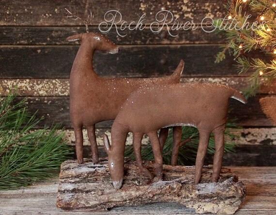 Primitive Christmas, Winter Deer Couple Vignette, Christmas Decor, Holiday Gift, Soft Sculpture, Winter Decoration, Rock River Stitches