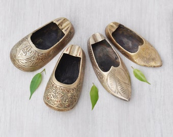 4 Vintage Brass Slipper Shoes - small personal ashtrays, air plant holder, succulent planters - made in India