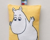 Yellow fabric key ring key fob with Moomin