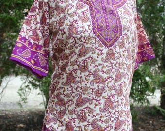 Pink silk paisley hippie shirt blouse tunic recycled sari? medium large boho top