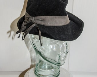 Vintage 1940's Black Fedora Style Woman's Hat