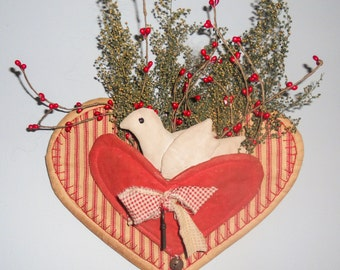 Primitive Heart & Dove Wall Hanger