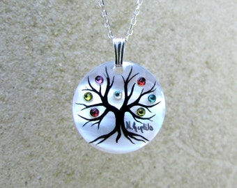 "Family Tree Necklace ""Medium Round"" (7 stone maximum)"
