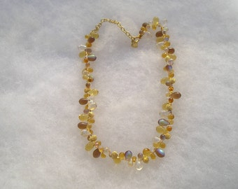 Pretty Carolee Frosted Glas Blown Art glass Briolette Necklace
