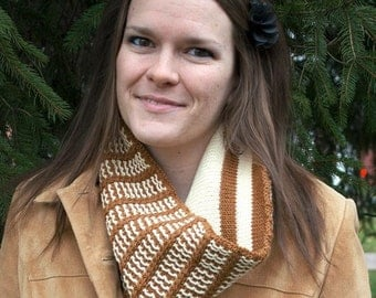 Gingerbread Cowl Knitting Pattern - PDF
