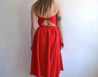 Vintage Red Cotton Strapless Summer Dress/ Backless /80s does 50's /Sweetheart/ Rockabilly/ XS
