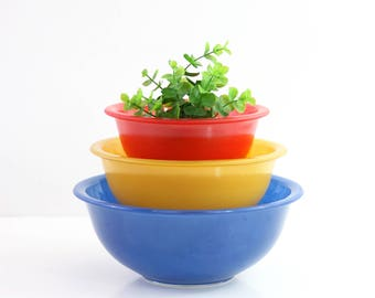 Vintage Pyrex Primary Mixing Bowls / Pyrex Color Line Bowls / Clear Bottom Pyrex Bowls / Pyrex Nesting Bowls / Pyrex Mixing Bowl Set